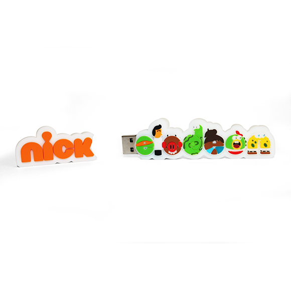 PEN USB Nickelodeonfeita de raiz com logotipo do cliente. USB feita em 3D soft rubber.